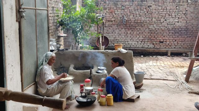 VILLAGE LIFE IN INDIA