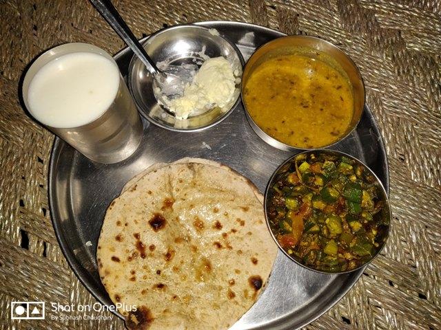 Dinner in village-VILLAGE LIFE IN INDIA